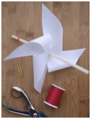 In this windmill model science project, you will build a windmill to learn about wheel-and-axle machines and how these simple machines are used to do work.