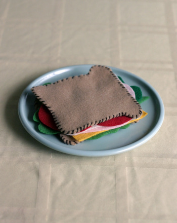 Fourth Grade Arts & Crafts Activities: Felt Sandwich