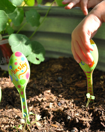 First Grade Arts & crafts Activities: DIY Garden Markers