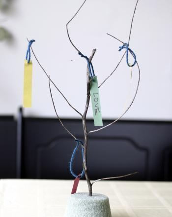 Second Grade Holidays Activities: Wishing Tree