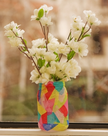 Second Grade Holidays & Seasons Activities: Create a Faux Stained Glass Vase