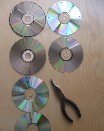 Middle School Arts & Crafts Activities: Craft a CD Curtain
