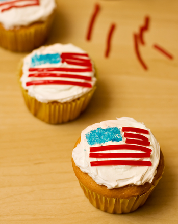 Third Grade Holidays & Seasons Activities: 4th of July Cupcakes