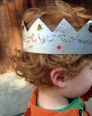 Preschool Arts & Crafts Activities: Reward Good Behavior with a Crown