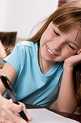 5 Ways to Raise a Kid Who Can Write More Than a Text Message