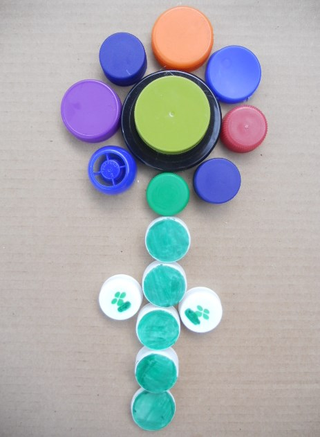 Kindergarten Arts & crafts Activities: Bottle Cap Mosaic