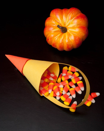 First Grade Math Activities: Candy Corn Candy Holder