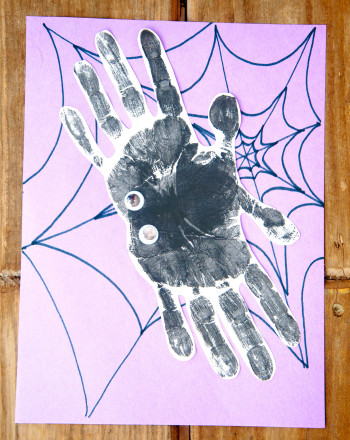 First Grade Holidays Activities: Scary Spider
