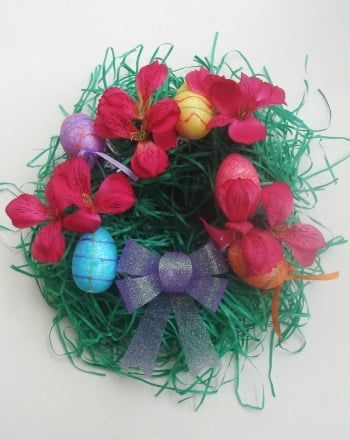 Second Grade Holidays Activities: Easter Wreath