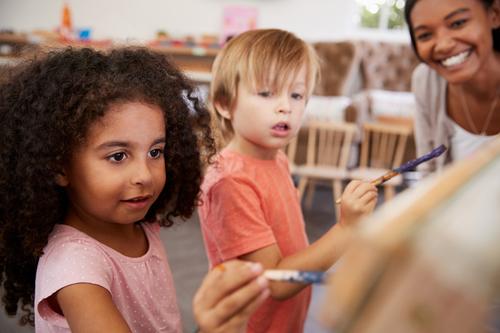 Kindergarten Arts & crafts Activities: Draw Your Self-Portrait