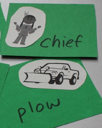 Kindergarten Offline Games Activities: Rhyming Picture Card Game