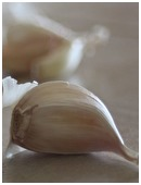 Detail the chemical properties, nutritional value, medicinal effects of garlic, Write a detailed report, prepare recipes.