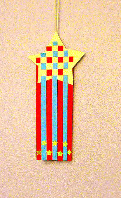 Kindergarten Holidays Activities: Red, White, and Blue! Shooting Star Craft