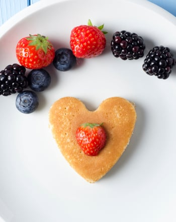 Preschool Holidays & Seasons Activities: Heart-Shaped Pancakes