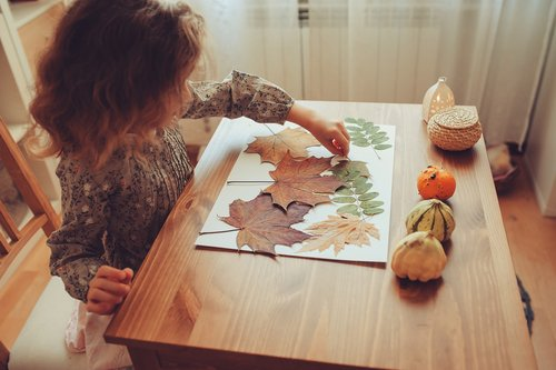 Kindergarten Holidays Activities: Autumn More or Less