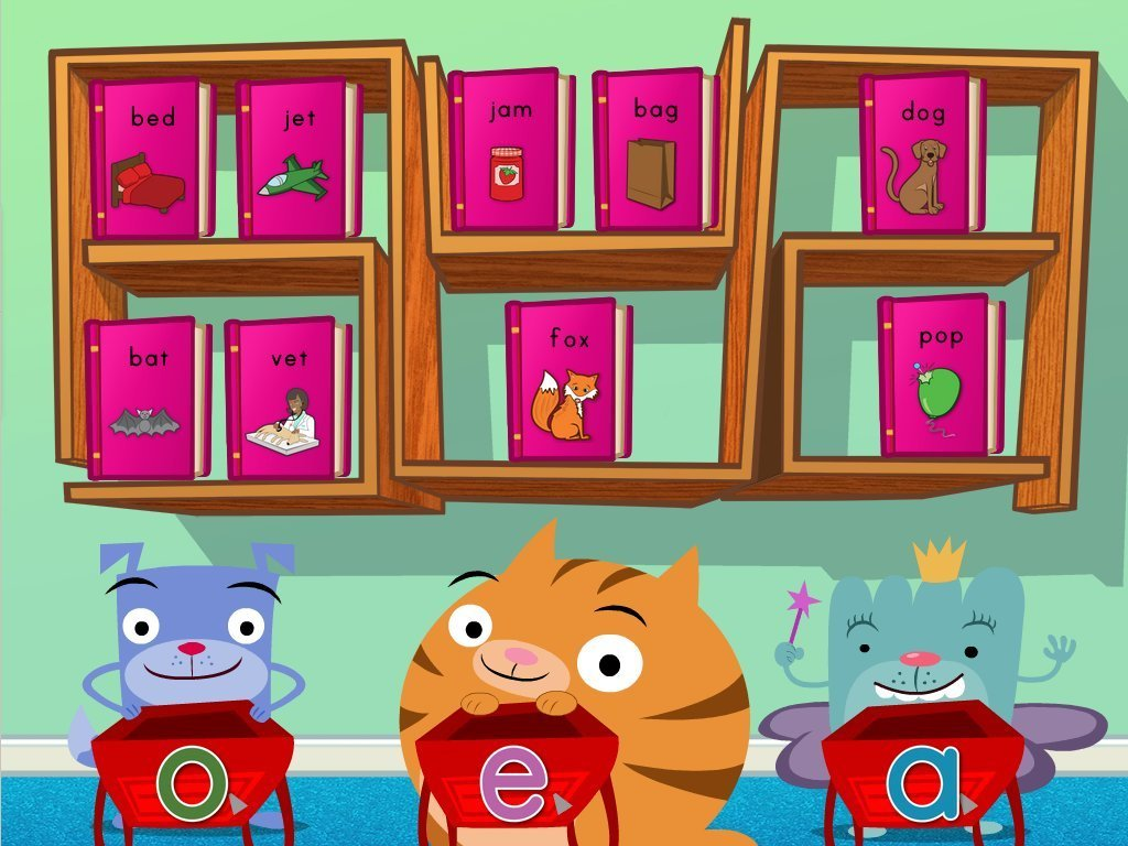 Kindergarten Reading & Writing Games: Short Vowel Sort