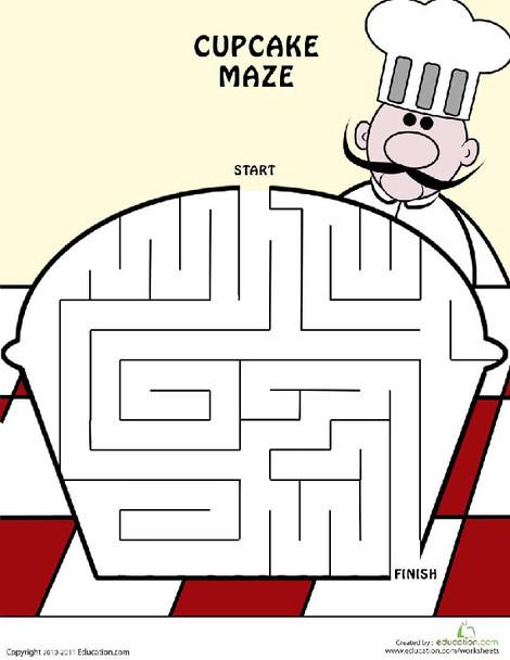Kindergarten Offline games Worksheets: Cupcake Maze